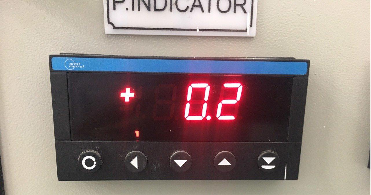 Bộ hiển thị nhiệt độ - áp suất OM 352UNI